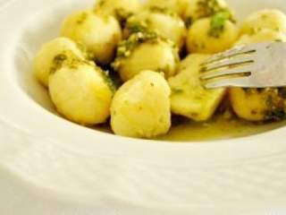 Ñoquis de patata rellenos de mozzarella sin gluten